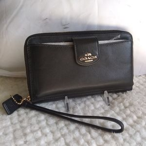 Coach Leather Wristlet in Classic Black